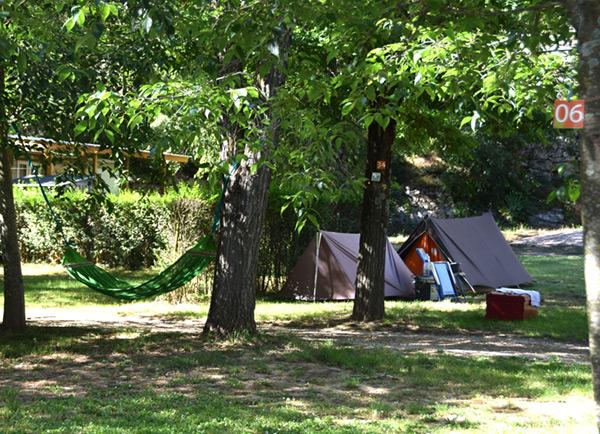 Hébergements au camping Chaulet Village : tentes, mobil-homes, chalets